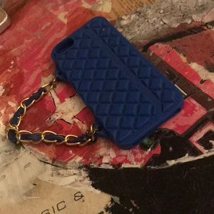 IPhone 4 Blue Chain Handle Case